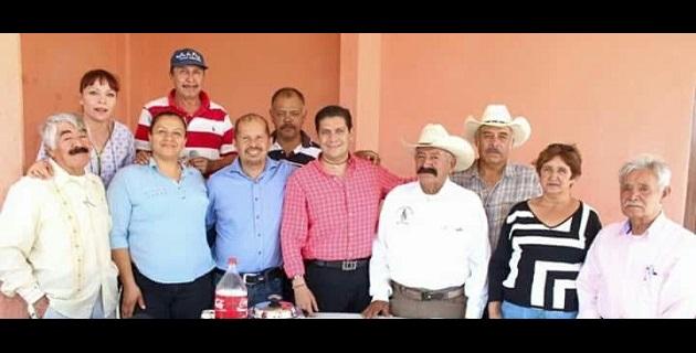 Núñez Aguilar afirmó que con el recurso que se logre bajar de los programas que tiene el gobierno para tal finalidad se mejorarán las condiciones de los habitantes de Santiaguito al tener la oportunidad de emprender negocios