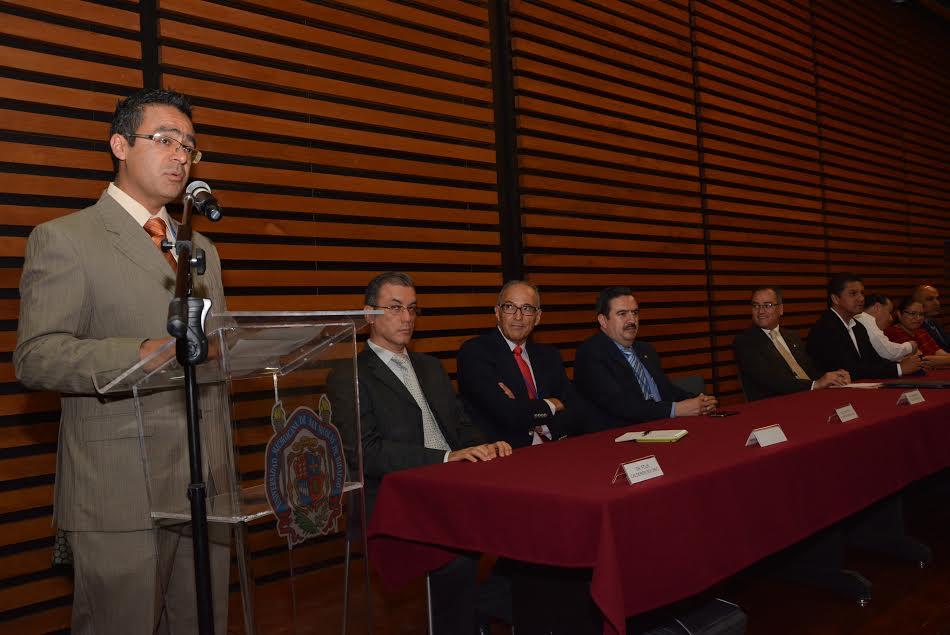 El Primer Simposio Nacional de Vehículos Eléctricos es convocado por el investigador nicolaita Norberto García Barriga, adscrito a la Facultad de Ingeniería Eléctrica de la Universidad Michoacana