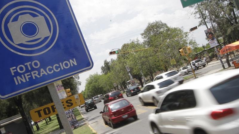 Benítez Silva, presidente del Comité de Adquisiciones, expresó que la postura oficial de la CEDH sólo analiza el derecho de los conductores y no el de la seguridad de los peatones