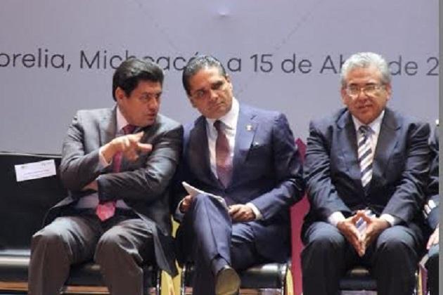 Raymundo Arreola señaló que este tipo de acuerdos ayudan a profesionalizar los recursos humanos en la materia, ya que el convenio consiste en crear siete programas educativos