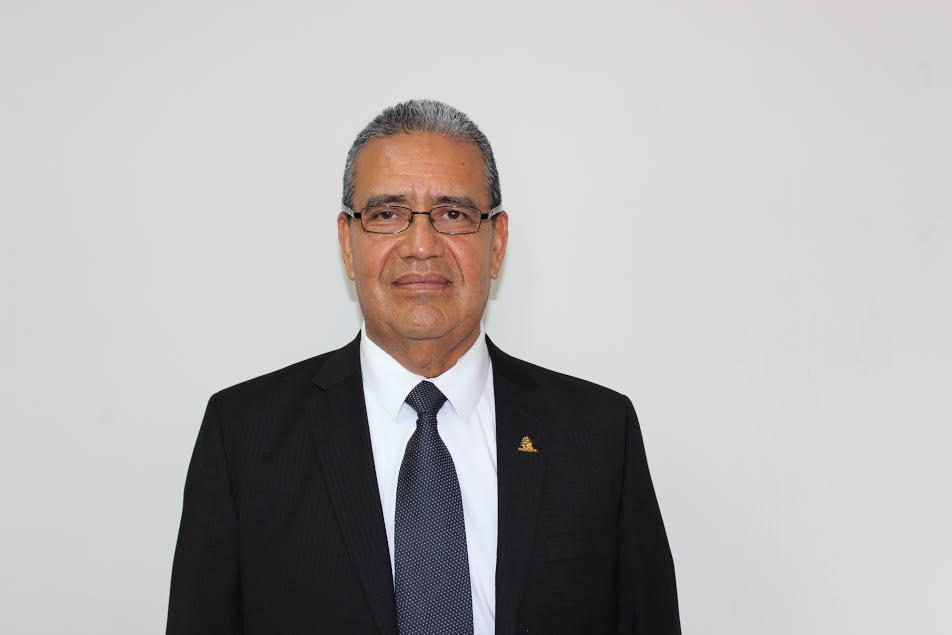 Estrada Pérez, hizo hincapié en los beneficios que se obtiene al hacer la Declaración Anual, ya que las personas físicas pueden obtener una devolución de impuestos al presentar deducciones personales