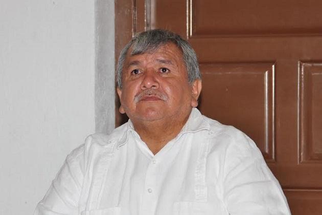 El legislador recordó que inicialmente se emitió un decreto administrativo para la Creación del Instituto de Lenguas Indígenas del Estado de Michoacán, pero no se implementó en su momento