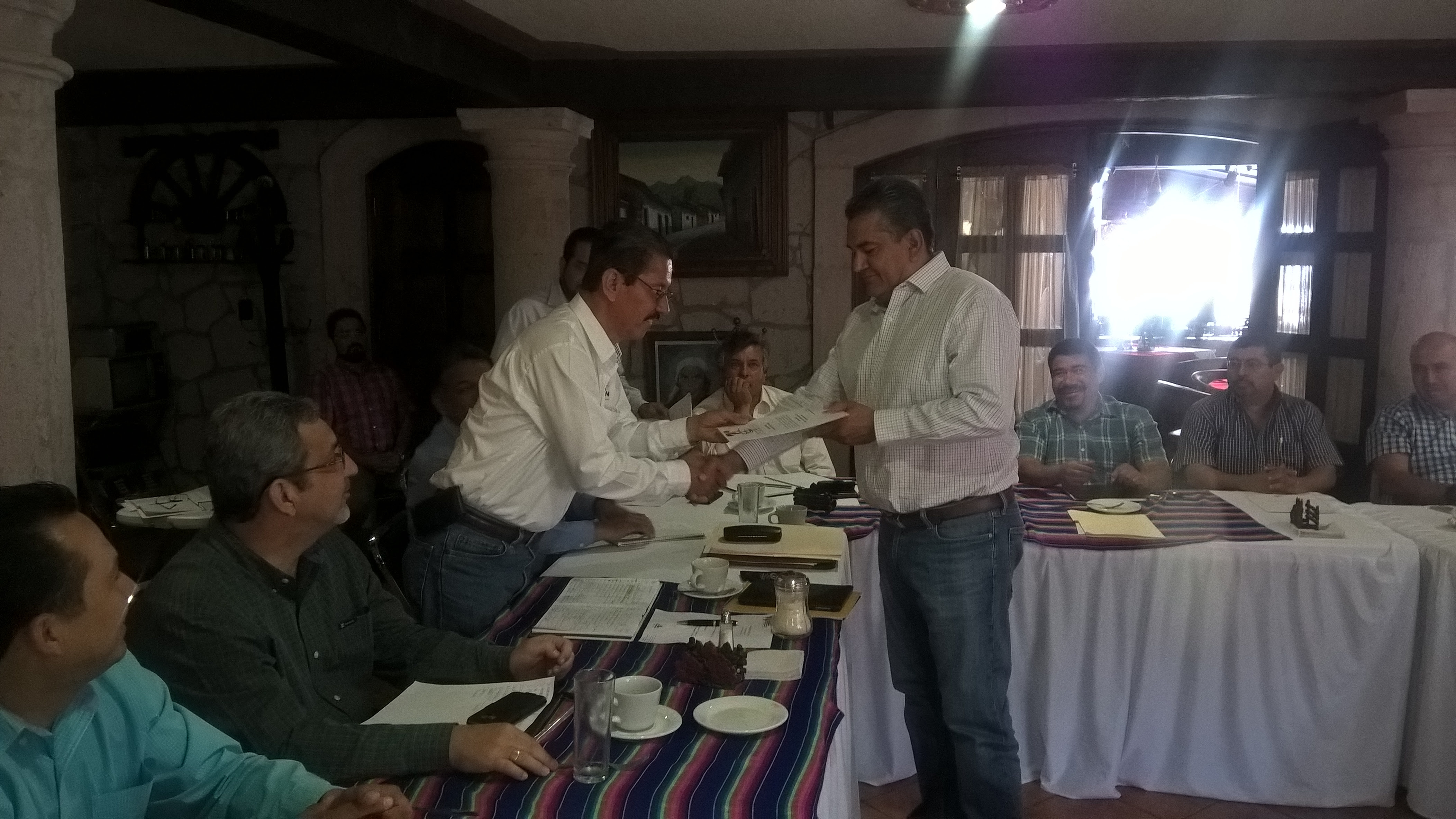 Tentory García exhortó a los nuevos directores a trabajar de tiempo completo y redoblar esfuerzos en favor de los hombres y las mujeres del campo