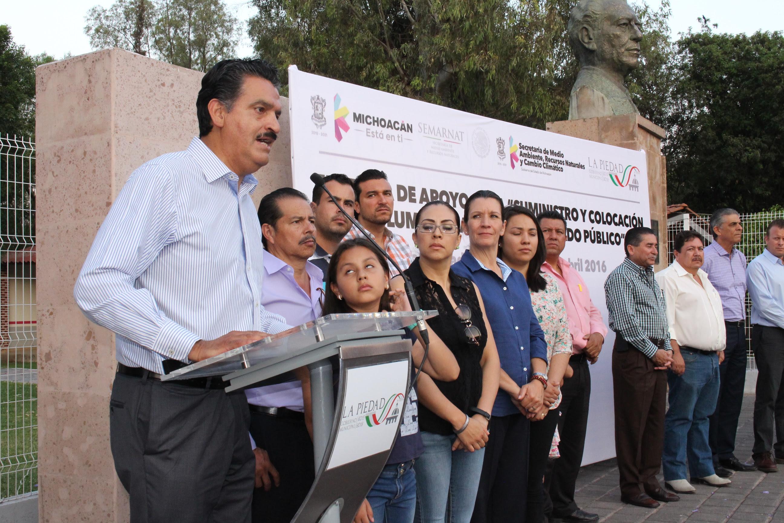 """""""En este gobierno que encabeza Silvano Aureoles, estamos comprometidos con los acuerdos y protocolos internacionales a favor del medio ambiente  para un desarrollo sustentable"""", expresó el titular de la SEMARNACC, Ricardo Luna"""