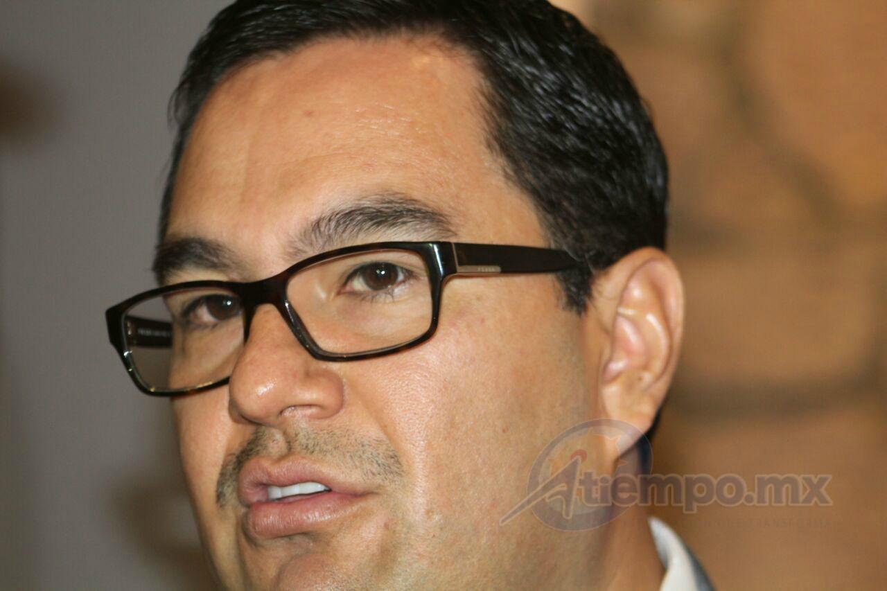 Serrato Lozano insistió en su llamado a homologar los nombres de las corporaciones policiales en Michoacán (FOTO: MARIO REBO)