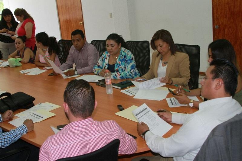 El dirigente estatal, Carlos Torres Piña, señaló que el próximo 22 de mayo se llevará a cabo un Consejo Estatal del PRD, el cual tendrá como objetivo definir el tema de la paridad de género en los municipios michoacanos