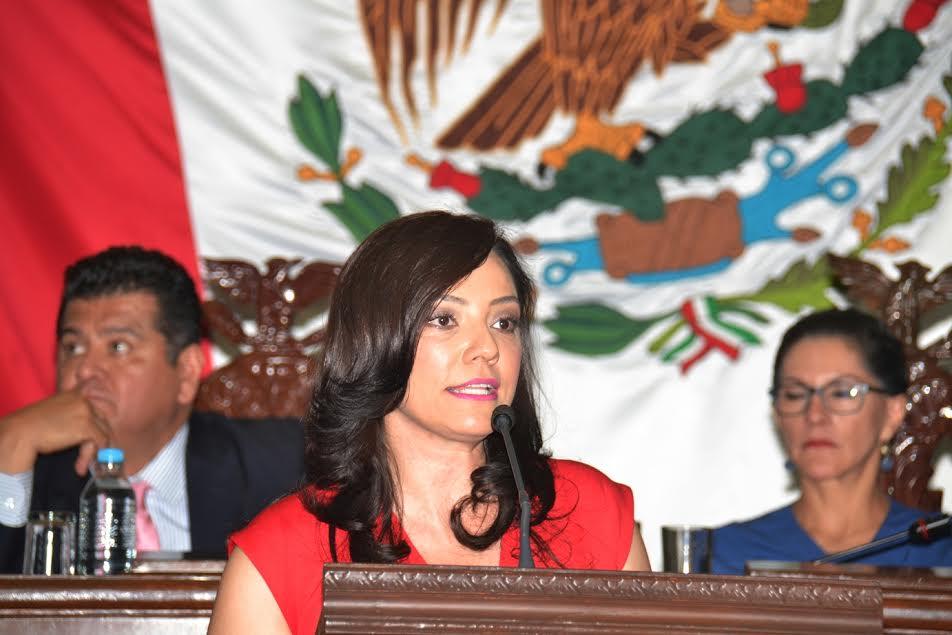 La legisladora por La Piedad, agregó que Múgica sirvió congruentemente a la Revolución y de ello da cuenta su trayectoria