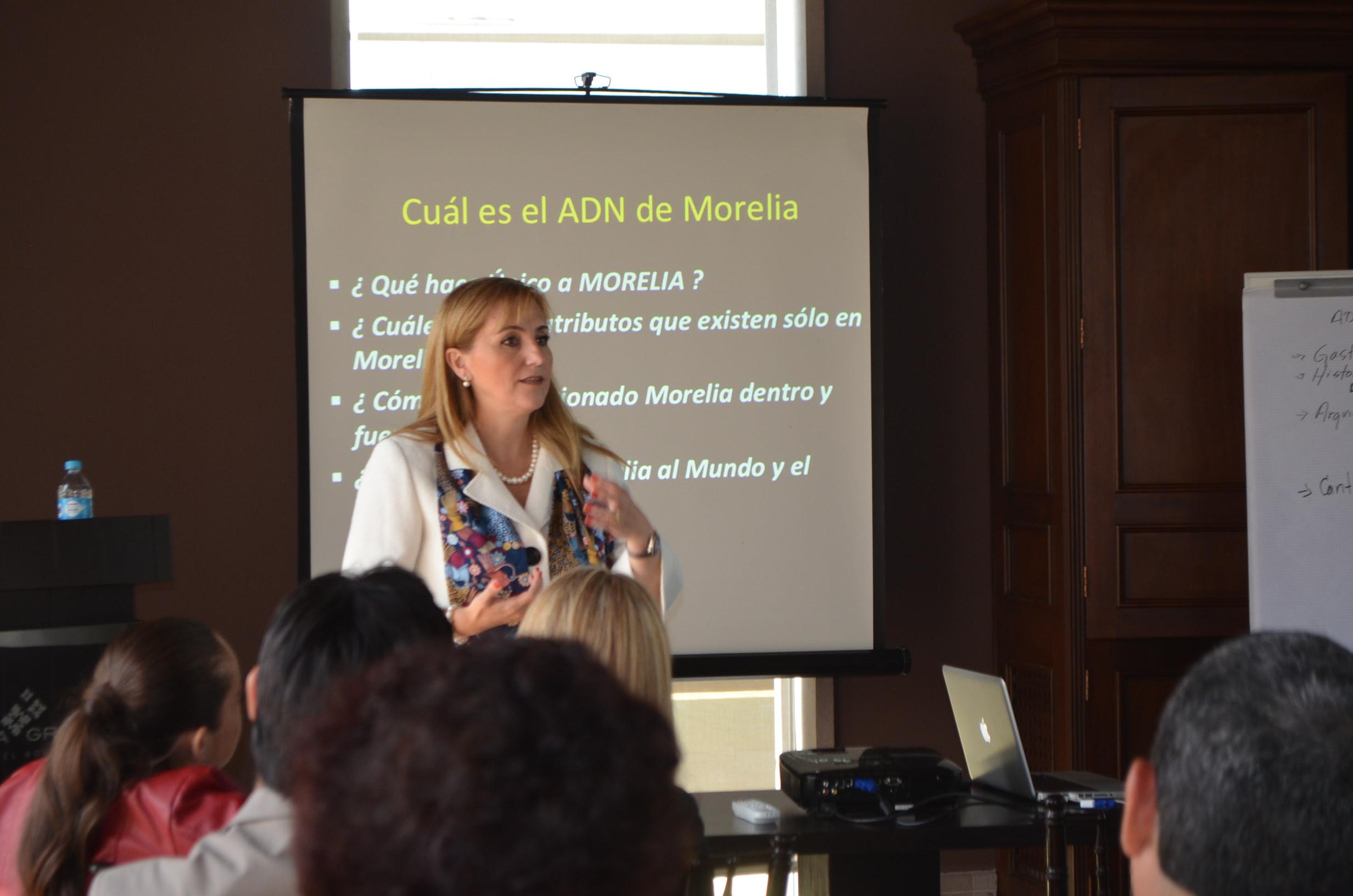 Los empresarios son nuestros aliados para detonar el turismo en Morelia, aseguró la secretaria de Turismo municipal, Thelma Aquique