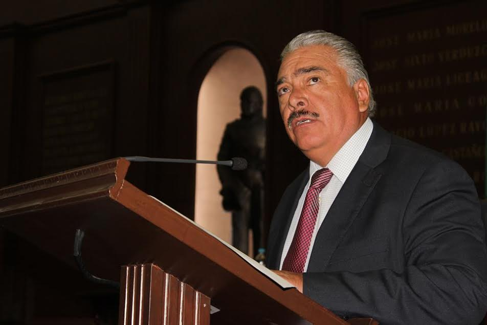 El integrante de la Comisión de Desarrollo Rural en el Congreso del Estado, recordó que el Poder Legislativo ha demostrado el compromiso con el campo michoacano al aprobar en el presupuesto de egresos de 2016, un considerable incremento del 33.53%