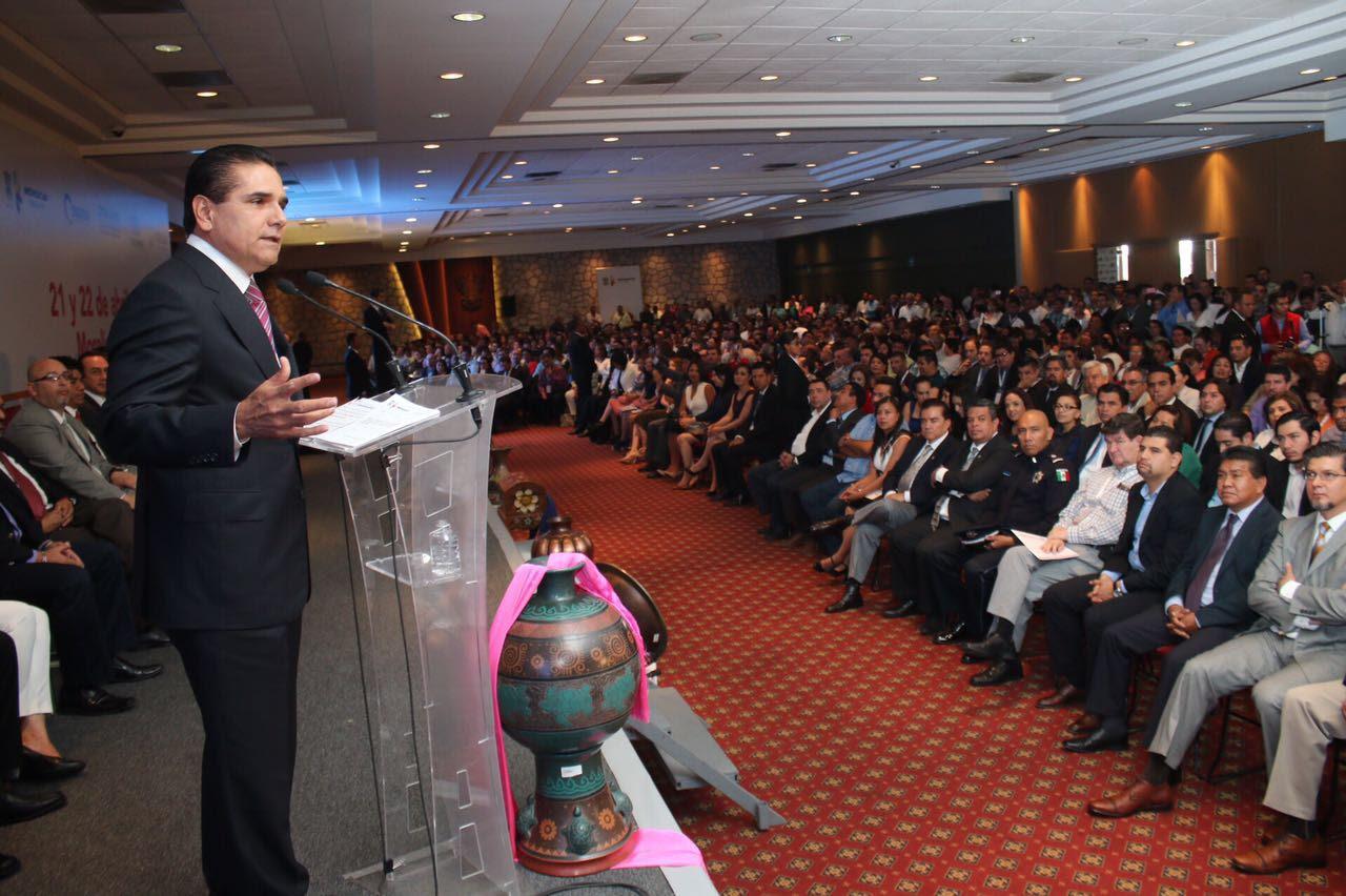 El gobernador inaugura el Primer Congreso Nacional de Regidoras y Regidores de México; participan más de mil regidores de todo el país