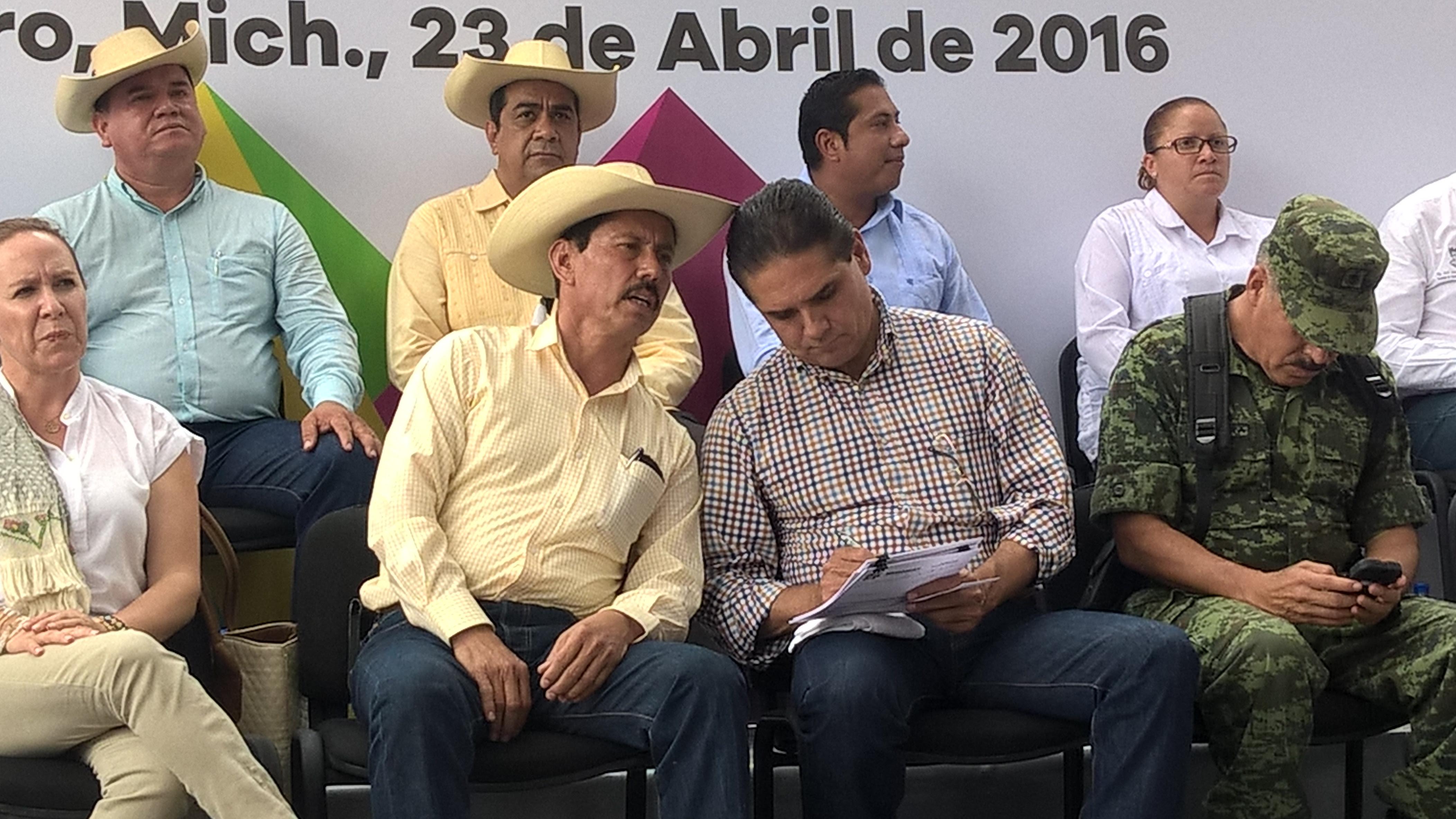 En breve se darán a conocer más acciones y un plan estratégico integral para prevenir sequías en el Bajo Balsas y en otras zonas de la Tierra Caliente, anticipa el secretario