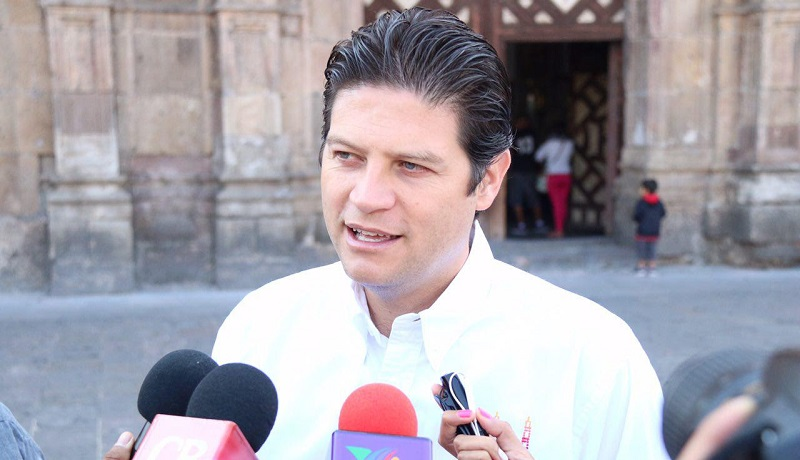 Martínez Alcázar asistió como invitado de honor a la conmemoración del 484 aniversario de la Villa de Antequera, Oaxaca, al rango de ciudad