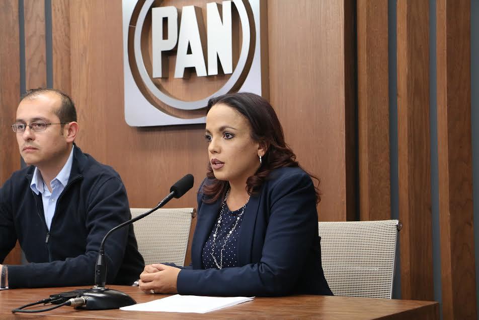 Villanueva Cano señaló que en una primera etapa estará llevando apoyos que van desde la dotación de materiales para construcción a precios muy por debajo del costo comercial, así como proyectos de infraestructura para los hogares