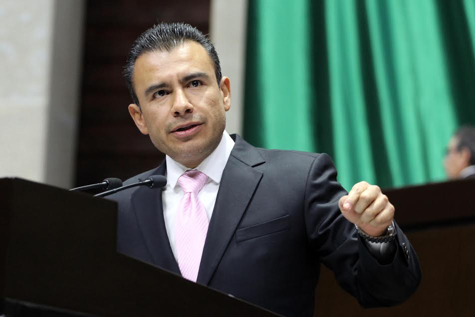 Calderón Torreblanca sostuvo que confían en que en los próximos meses se abra una discusión seria y con altura de miras sobre estos y otros temas de mayor interés nacional