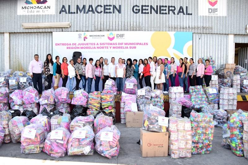 A través de los Sistemas DIF Municipales serán entregados 40 mil juguetes