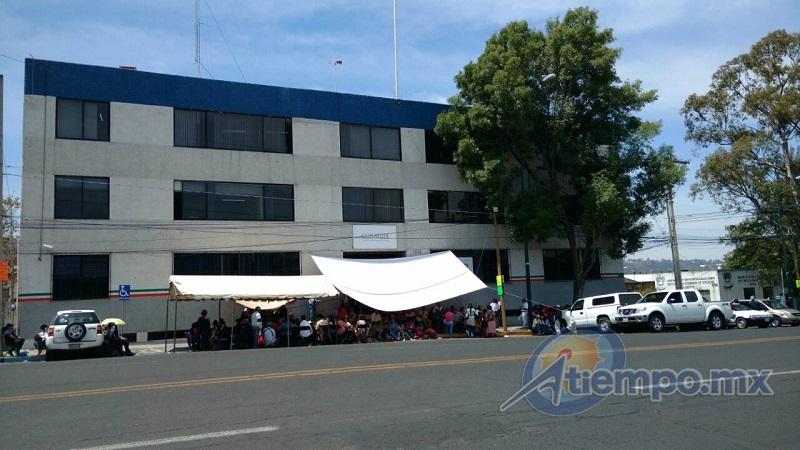 Por segundo día consecutivo, integrantes del Movimiento Antorchista de Michoacán plantearon una serie de demandas (FOTO: FRANCISCO ALBERTO SOTOMAYOR)