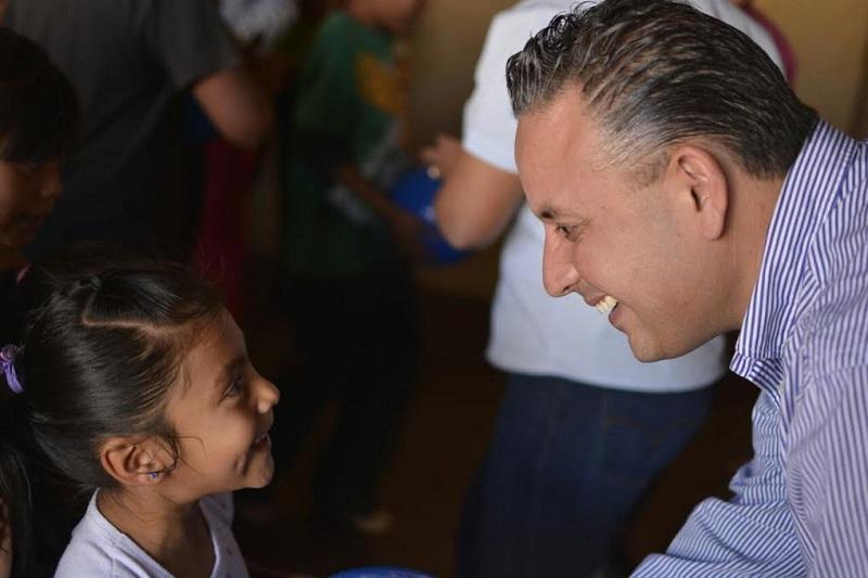 Quintana Martínez reiteró su preocupación debido a que la primera infancia es una etapa fundamental para el desarrollo de la persona, tanto en lo individual como en lo social