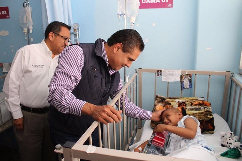 Aureoles Conejo colocó la primera piedra del Albergue para los familiares de los menores con cáncer atendidos en el nosocomio, que tendrá una inversión de 6.5 mdp