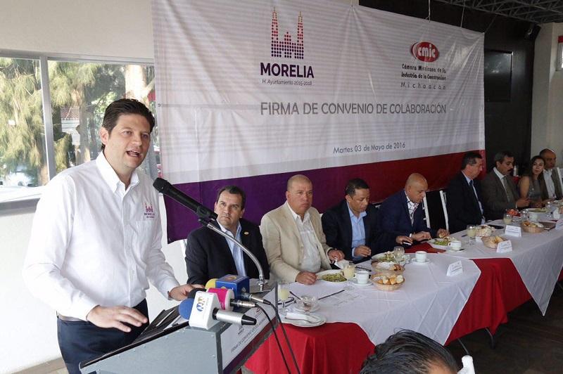 Signan Convenio de Colaboración entre el Ayuntamiento de Morelia y la Cámara Mexicana de la Industria de la Construcción (CMIC)