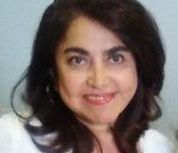 La autora es Maestra en Derecho; catedrática de la Facultad de Derecho y Ciencias Sociales de la UMSNH; analista en varios medios de comunicación; y, titular de la Notaría Pública No. 128