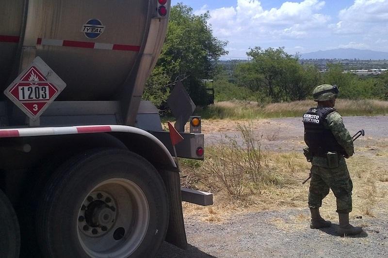 La fuga fue atendida por la Dirección de Protección Civil Estatal, así como de la Policía Michoacán de la SSP y personal especializado de Pemex