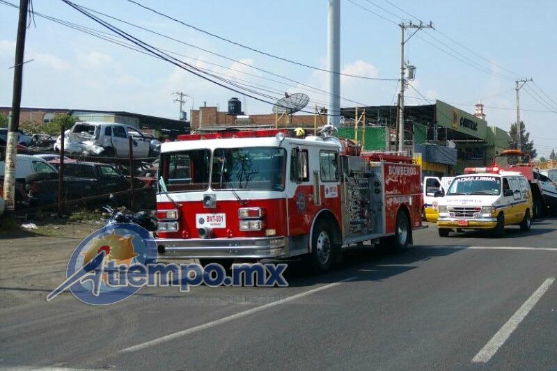 Los hechos, a la altura del Fraccionamiento Santa Fe; al lugar acudieron elementos de Protección Civil estatal, División Tarímbaro y División Morelia, así como de la Policía Michoacán (FOTOS: FRANCISCO ALBERTO SOTOMAYOR)