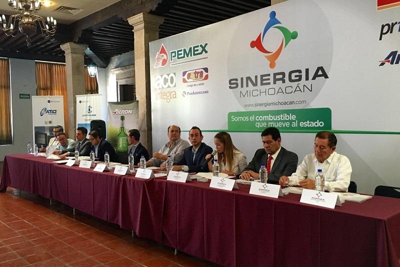 Sinergia aglutina a 160 socios que operan 410 estaciones que otorgan el servicio en Michoacán, mediante la venta de 827 mil metros cúbicos de combustible y que actualmente genera 4 mil empleos