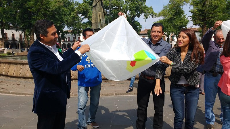 Con la firma del convenio de colaboración se pretende impulsar el desarrollo de las técnicas y destrezas de elaboración del globo de cantoya, a través de talleres y demostraciones de expertos