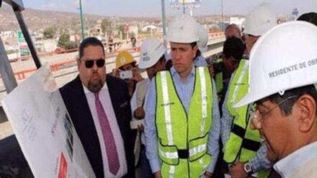 Constructores locales aseguraron que Emir Garduño, estuvo en Morelia donde tuvieron una reunión. Cuando uno de ellos le reclamó el adeudo que tenía con ellos, Garduño Montalvo lo amenazó de muerte y lo intimidó, asegurando que era un cercanísimo a Los Pinos