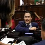 El diputado del PAN expuso que la legislación anterior contravenía las constituciones estatal y federal, ya que autorizar tales aumentos tarifarios es atribución exclusiva del Poder Legislativo