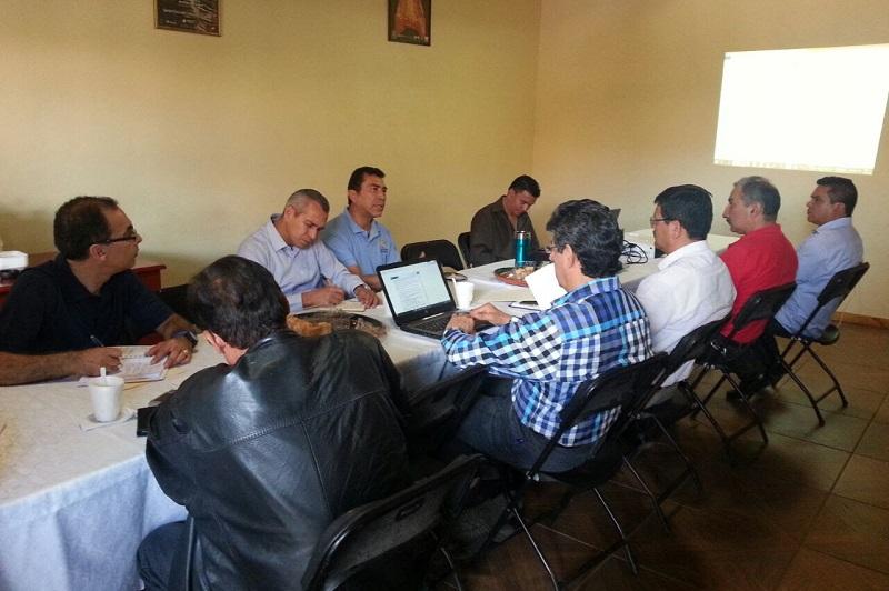 El objetivo principal de dicho encuentro fue el de integrar un programa de trabajo interinstitucional para decretar como ANP el Lago de Zirahuén