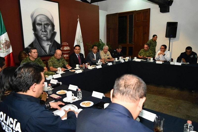 Se revisaron las acciones que de manera permanente implementan los gobiernos estatal y federal en el territorio michoacano, para garantizar la tranquilidad y estabilidad