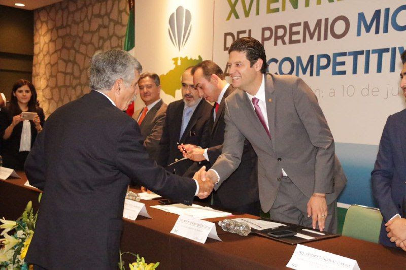 Martínez Alcázar hizo énfasis en que Morelia se encuentra entre los siete municipios más transparentes de México y el tercero en el estado