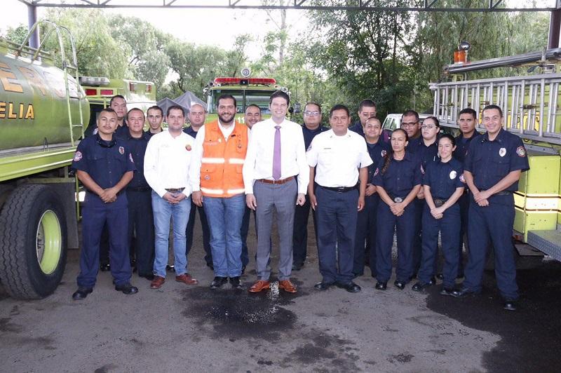 Martínez Alcázar se reunió con los bomberos de la capital para escuchar sus necesidades en búsqueda de brindar un mejor servicio