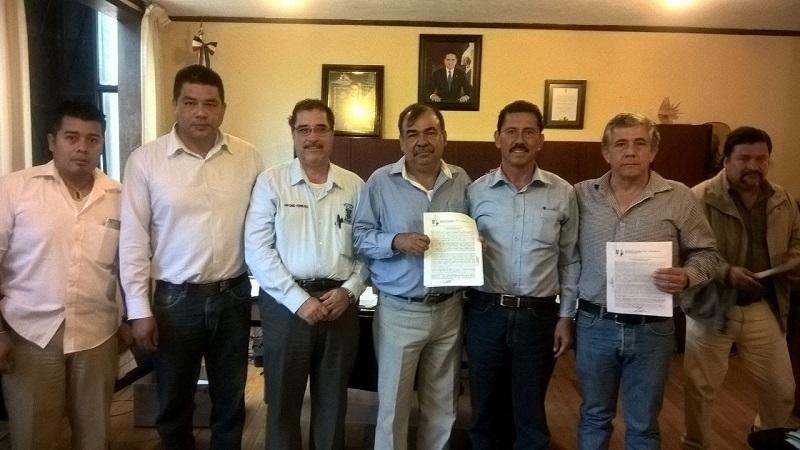 Tentory García informó que esta acción se lleva a cabo, en cumplimiento a la expedición del decreto enviado por el gobernador Silvano Aureoles Conejo, en el cual se crea el Centro Estatal de Fomento Ganadero