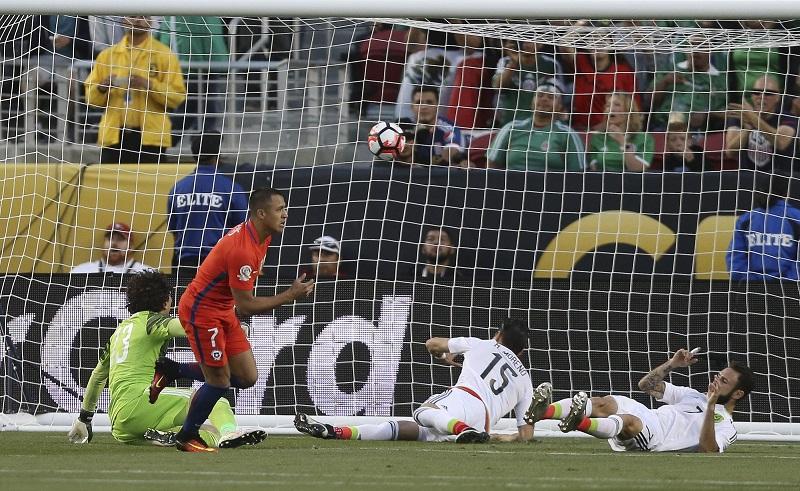 Chile fue una máquina trituradora, ofensivamente inclemente, letal, despiadada, mostrando que el campeón de América, lejos de abdicar, sueña por entero con refrendar su reinado