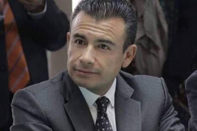 El PRD debe mantener su ideología de izquierda, reivindicar su lucha histórica y nunca más ir en alianza con la derecha que lo ha golpeado y agredido: Calderón Torreblanca