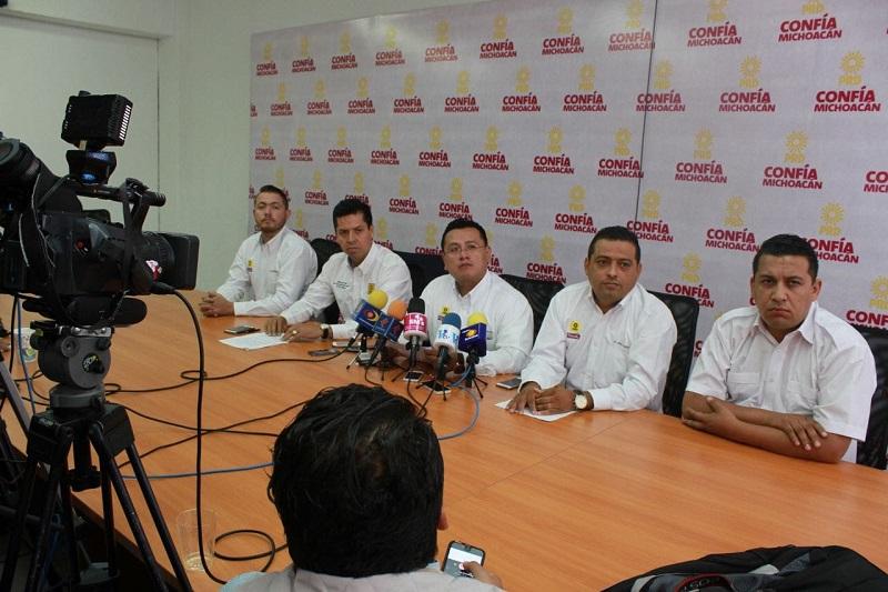 Torres Piña exhortó al rector para que priorice resolver las demandas de los trabajadores antes que cualquier otra cosa