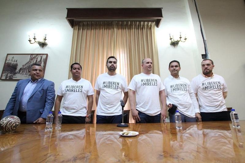 El Magistrado del Séptimo Tribunal de Circuito, de Guadalajara, daría un resolutivo en 48 horas a partir de ayer