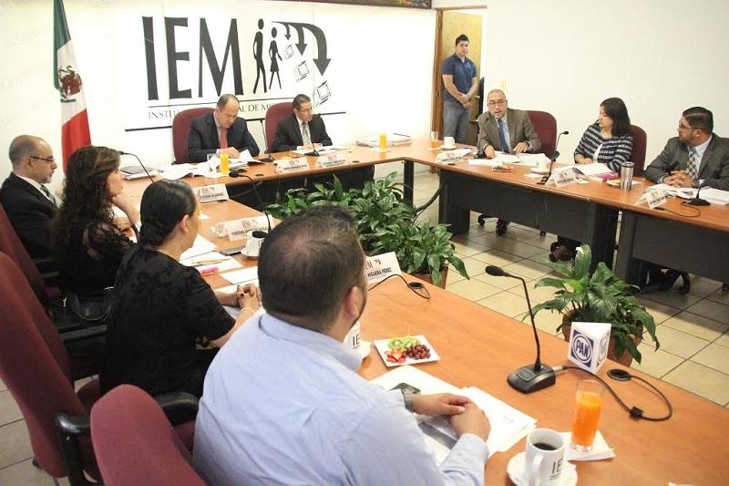 La consulta tiene como propósito principal determinar si el pueblo de San Francisco Pichátaro acepta manejar sus recursos públicos y las responsabilidades que esto implica