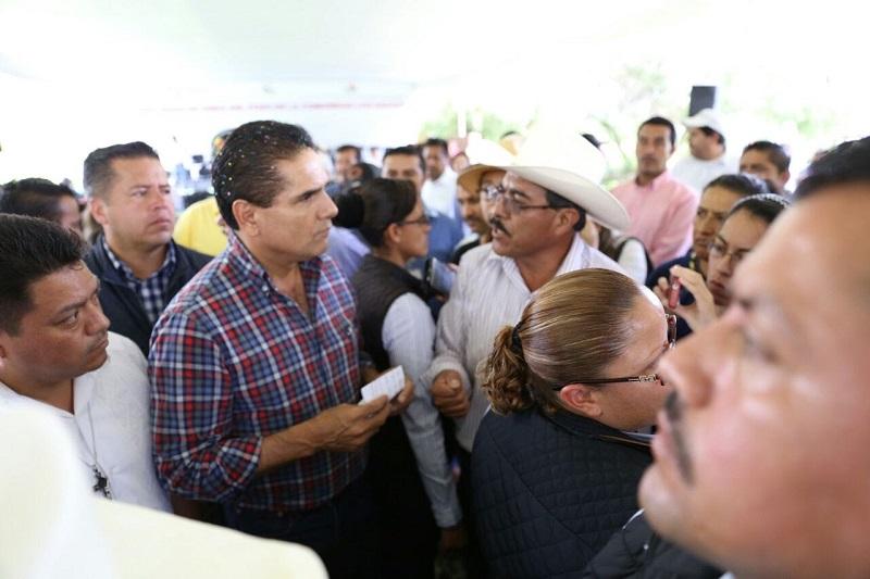 Aureoles Conejo destacó que para alcanzar una mejor educación en Michoacán es necesario trabajar en equipo por el bien de los niños y de las niñas del estado