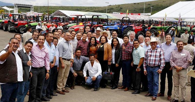 Sólo a través de la estrecha y decidida coordinación entre los tres órdenes gubernamentales y la sociedad civil, es que se lograrán generar mejores oportunidades de desarrollo en este y otros sectores: Martínez Alcázar