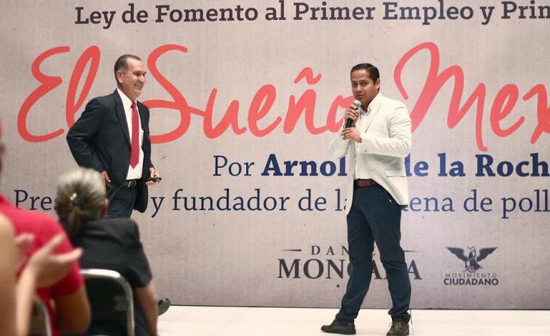 """Arnoldo de la Rocha ofreció a jóvenes michoacanos conferencia: """"El Sueño Mexicano"""""""