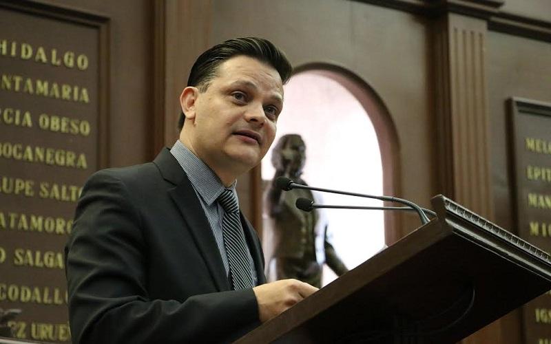 Gómez Trujillo, destacó que con esta modalidad electoral, será electo Gobernador por mayoría absoluta, el candidato que obtenga la mitad más uno del total de los sufragios emitidos