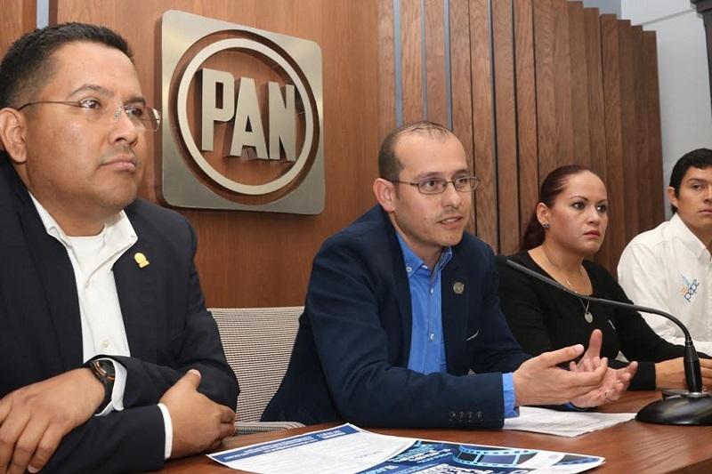 """En otra información, se anunció que la Secretaría Estatal de Acción Juvenil realizará el Tercer Concurso de Oratoria """"Carlos Castillo Peraza"""""""