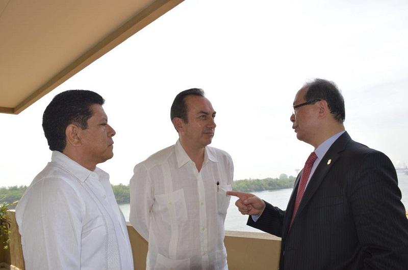 Corroboran inversionistas chinos la factibilidad y condiciones propicias para la ejecución de nuevos proyectos en el Puerto de Lázaro Cárdenas