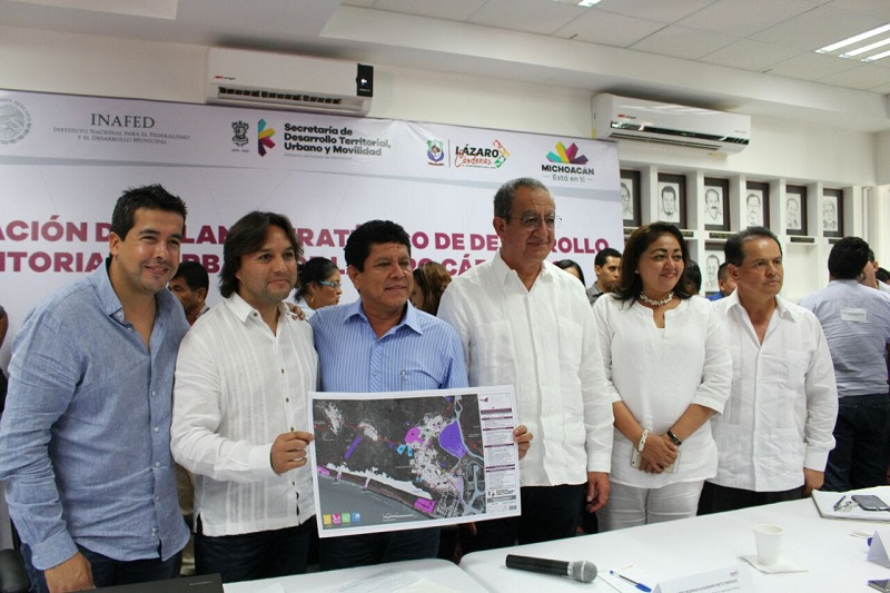 Adem Argueta agregó que el Plan surge del consenso de la ciudadanía, producto de su participación en la planeación y definición de los programas estratégicos que se realizan en conjunto con el Banco Interamericano de Desarrollo