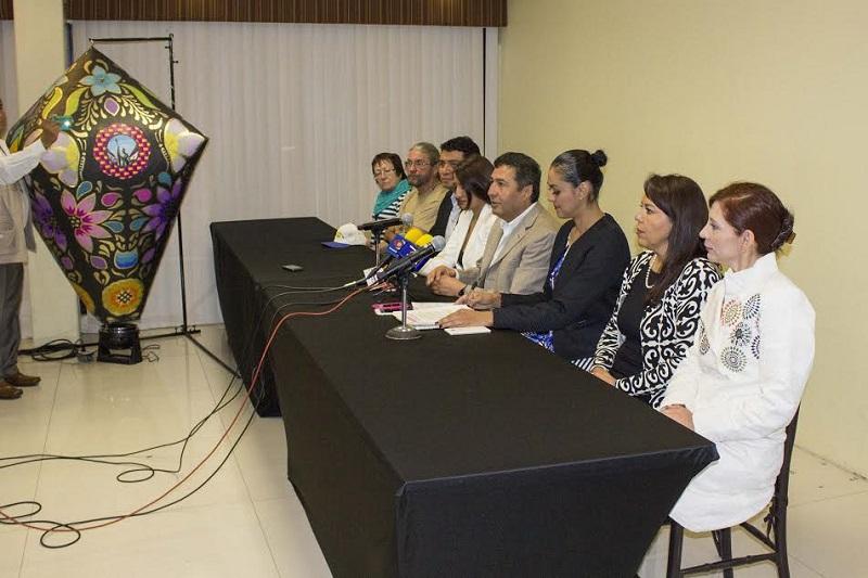 """El coordinador de """"CantoyaFest 2016"""" expresó que para ellos la realización del festival en el municipio representa un reto porque en primera instancia se estaría rescatando una tradición que Pátzcuaro y que data de finales del siglo XIX"""