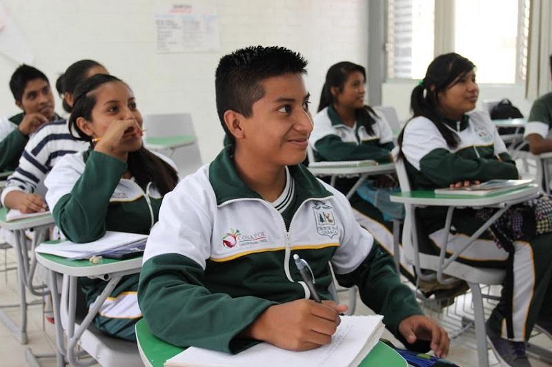 El proceso de admisión se llevó a cabo entre un total de 968 aspirantes, mismos que aplicaron examen en mayo para ingresar a uno de los cuatro diferentes planteles del país