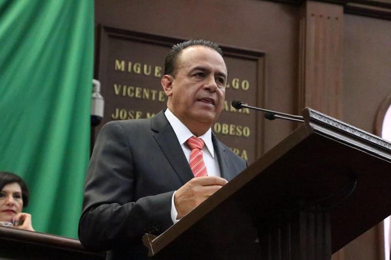 La necesidad de actualizar el marco normativo estatal que regula la organización y funcionamiento de los municipios en el Estado de Michoacán, exige adaptarse a las necesidades actuales que no son las que se tenían en el 2001